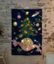 LEDライト付きリバーシブルクリスマスタペストリーL/ベリー・アクトゥグル